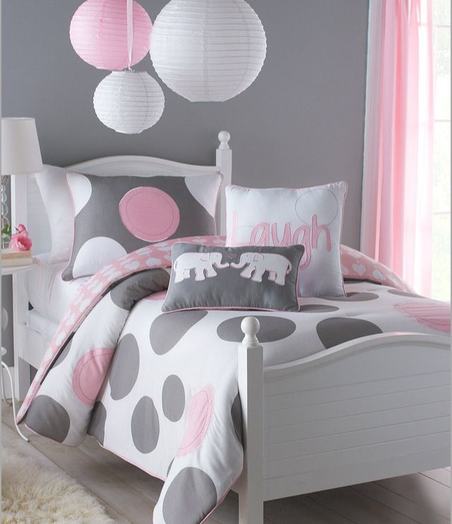 If I ever need to design another nursery for a girl, I like this theme. Grey, light pink, white, and elephants.