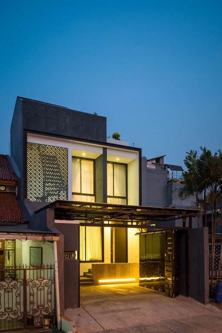 A W House By DPHS Architects Architects House And - Modern house jakarta