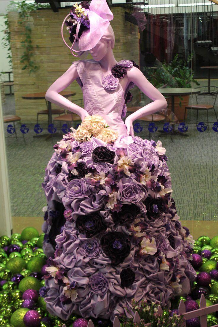 Spring mannequin