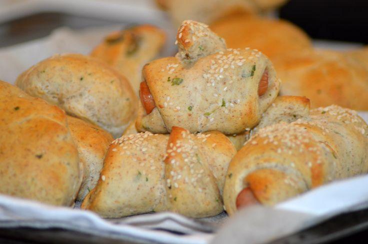 Sandwich Brød & Pølsehorn Med Den Perfekte Krumme