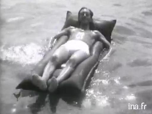 INA - Jalons - Les départs en vacances à l'occasion des congés payés de l'été 1936