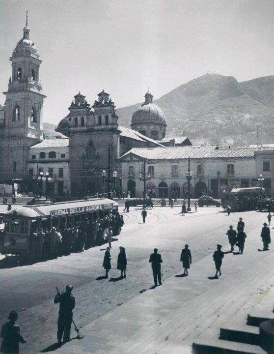 1940 Plaza de Bolivar, Bogotá