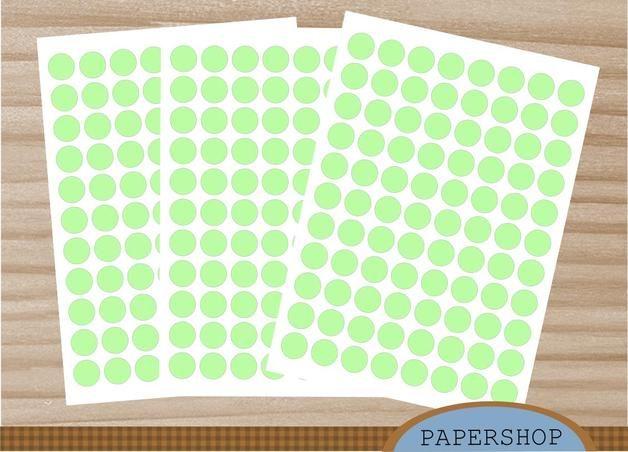 Weiteres - 88 Klebepunkte 20mm lindgrün - ein Designerstück von Papershop bei DaWanda