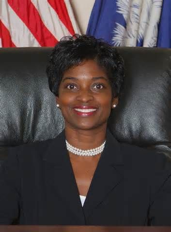 Mignon Clyburn (DEM) is the first woman and black woman to head the FCC…