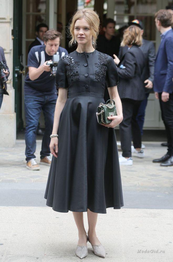 Уличная мода: Уличная мода Парижа на неделе высокой моды сезона осень-зима 2016-17