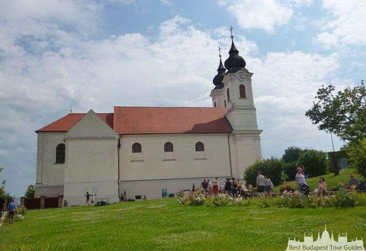 Tihany au Lac Balaton, tours en Hongrie, http://bestbudapesttourguides.com/fr/choisir_un_guide-page-3/katalin_zoesomfai-guide-31/