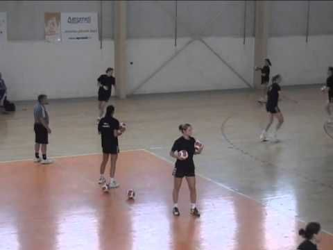 Development of speed by means of handball specific drills/ Wolfgang Pollany