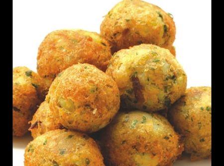 Bolinho de Bacalhau Portugu�s - Veja mais em: http://www.cybercook.com.br/receita-de-bolinho-de-bacalhau-portugues.html?codigo=100119