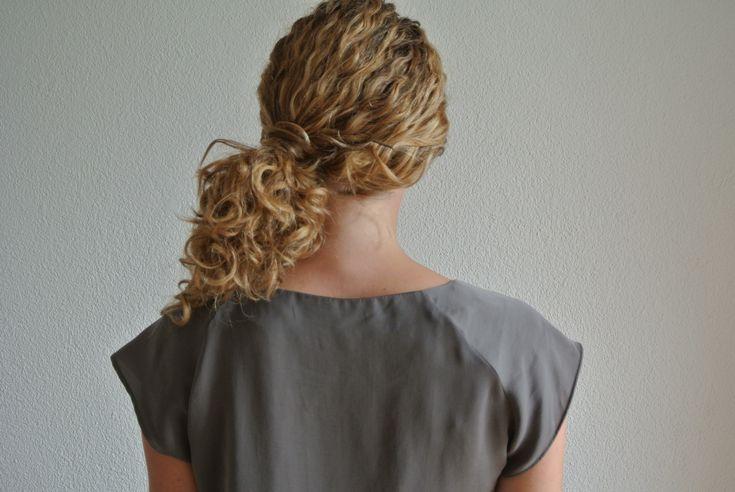 Best 25 Winter Wedding Hairstyles Ideas On Pinterest: Best 25+ Side Ponytail Curls Ideas On Pinterest