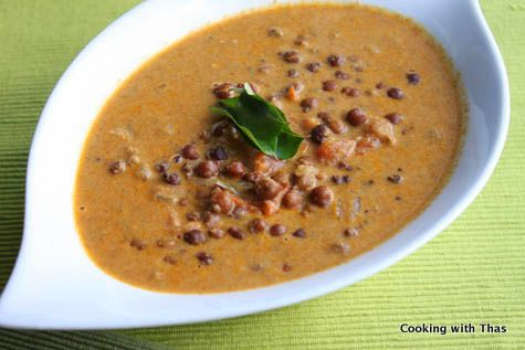 Black chick peas curry (roasted coconut gravy)