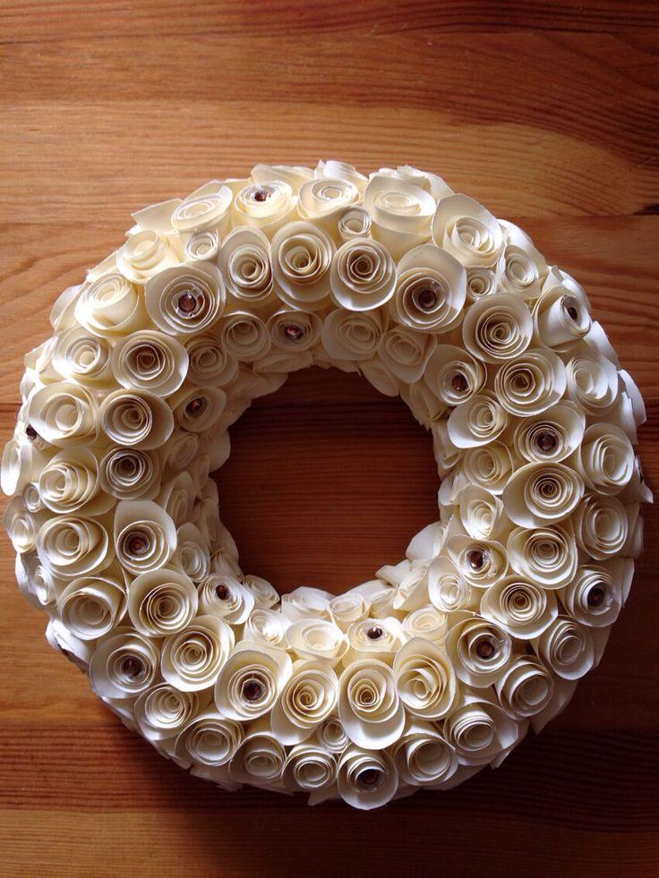 Cream wreath with brown diamantes