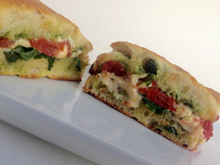 Starbucks lovers, rejoice. This Vegan Tomato Mozzarella Panini will make you forget the signature Starbucks sandwich those non-vegans love so much.