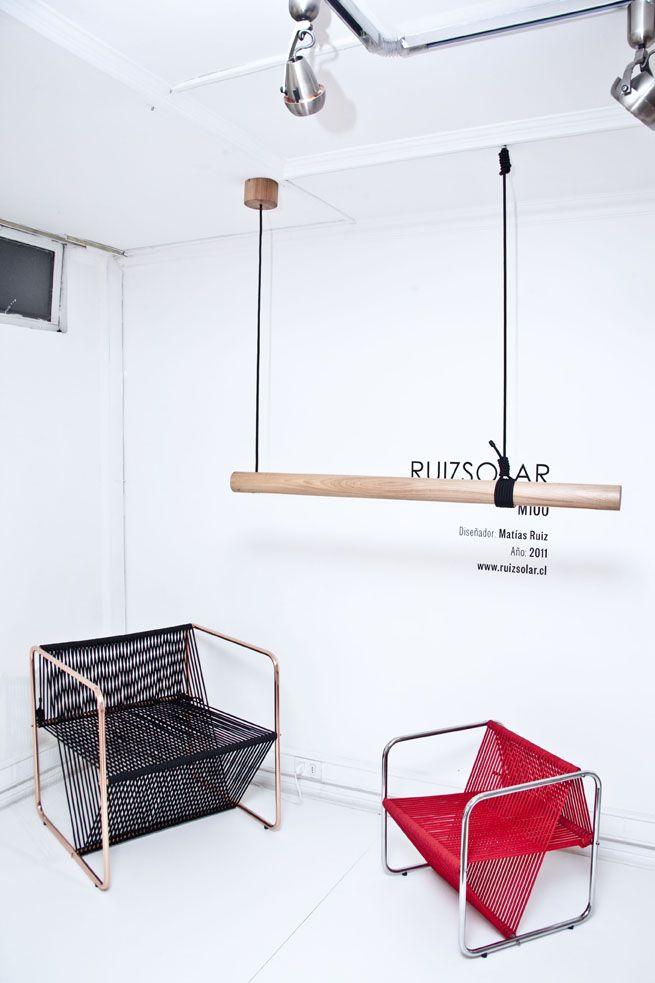M100 , silla negra M100 Kids, silla roja Lámpara Stick Lamp L120  Primer Lugar Categoria Profesional Concurso Nacional de Diseño LUZ PARA LA VIVIENDA120 Diseñador: Matias Ruiz Año:2012