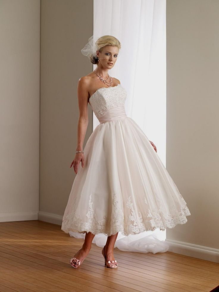 Best 25+ Mature bride dresses ideas on Pinterest | Mature ...