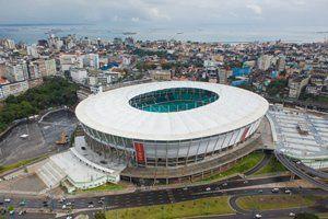 A primeira capital do Brasil, Salvador receberá seis jogos da Copa do Mundo na nova Fonte Nova, o estádio que pertence ao Bahia, foi demolido em 2010 e reconstruído de uma forma moderna e estruturada. A capacidade será de 48.747 pessoas.