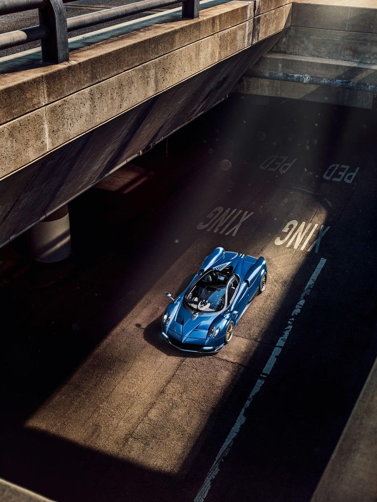 Pagani Huayra Roadster Arrives With 754 HP Gallery Via MOTOR TREND News  IPhone App