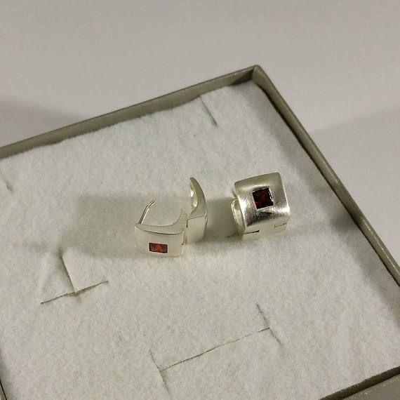 Ohrringe Klapp Creolen Silber 925 Kristallstein rot OR291