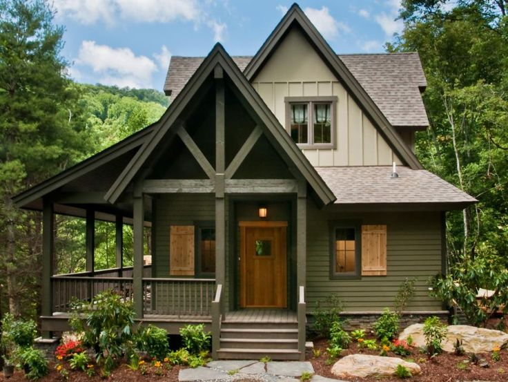 Best 25 cabin exterior colors ideas on pinterest rustic - Paint colors for exterior homes pict ...