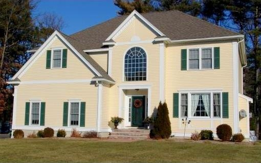 35 best images about exterior color combinations on for Benjamin moore monterey white