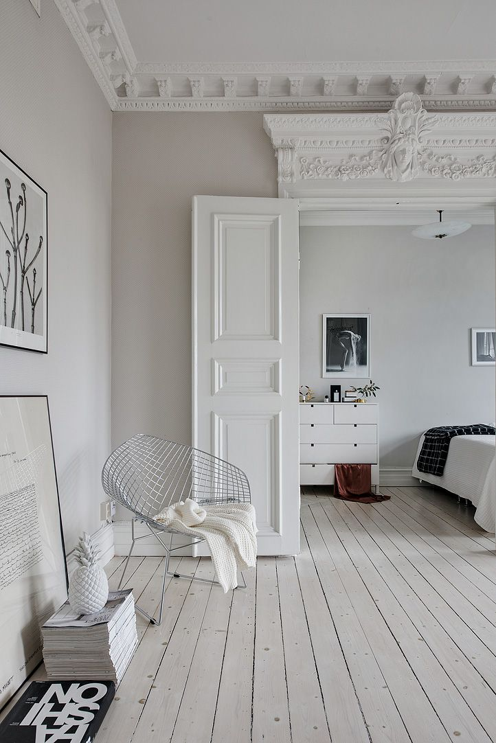 White, interior design, interior decor, bedroom, off-white, historic home
