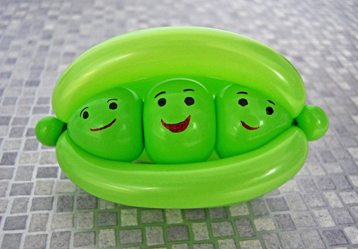 My Daily Balloon: 12th February - Peas in a Pod - www.mydailyballoon.com