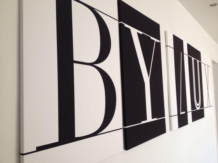Typografiske lærredstryk fra BY LUX showroom!