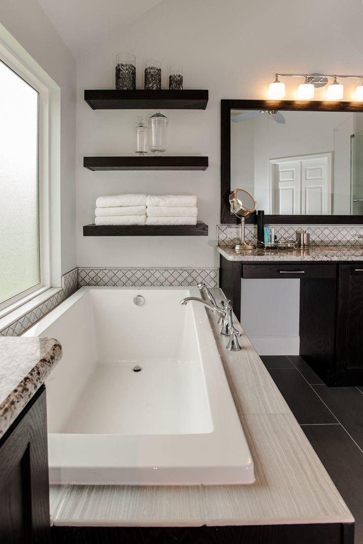 Large White Soaker Tub in Keller, Texas Home.