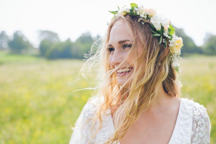 Somrigt lantbröllop: Josefin och Karl — Sisters in Law - Bröllopsblogg