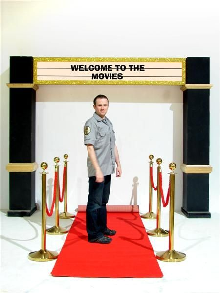 party entrance ideas | Hollywood Theme Party Ideas, Hollywood Party Decorations | Event Prop ...