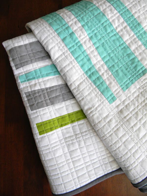 Dense crosshatch quilting: Teaginny Designs - this is a nice variation on straight line quilting