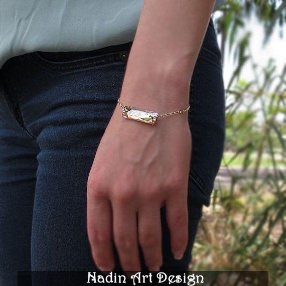 Gold Bracelet mit Bernstein Swarovski Kristall  von NadinArtDesign auf DaWanda.com
