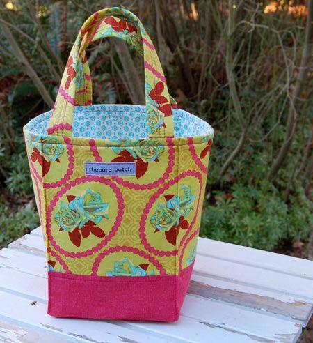 15 Free Sewing Tutorials: Totes & Bags ,  Debi Wilbur