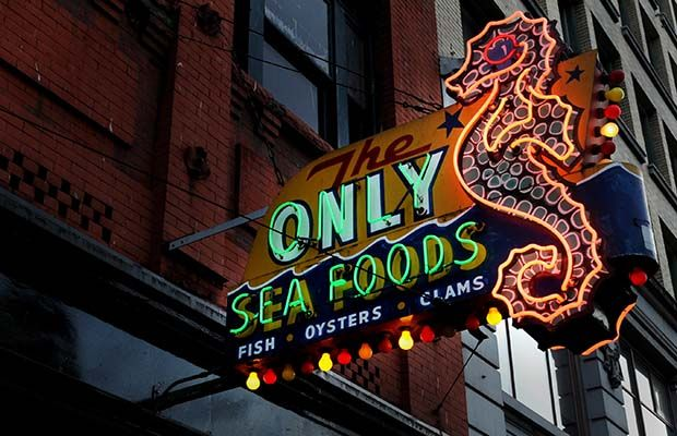 Video: The rich and gaudy history of Vancouver neon