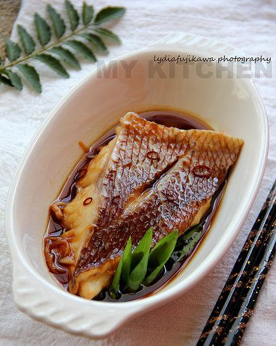 Japanese Snapper Simmered in Soy Sauce 鯛の煮付け