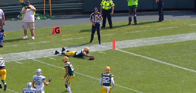 Packers Kick Returner Ty Montgomery Brilliantly Exploits Flaw In NFL Rulebook To His Advantage