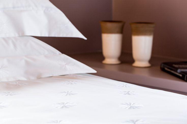 ISOLA BELLA - parure de lit délicate brodée blanc #lisagalimberti