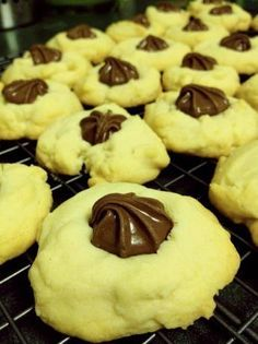 Copycat for Ghirardelli Milk Chocolate Shortbread Cookies