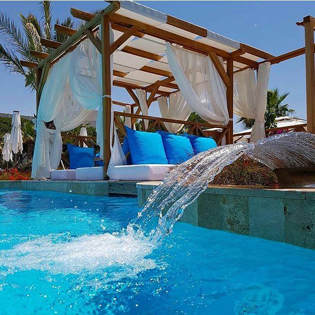 Photo by @jonnydavx #poolside #pool #summer #luxury #beach #travel #traveling…