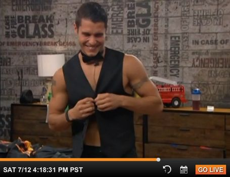 'BB16' spoilers: Cody Calafiore performs striptease to cheer up Jocasta Odom