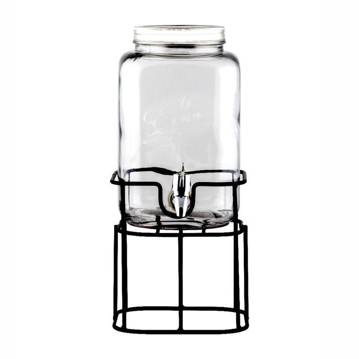 Jarro de vidrio con dispensador de líquidos y soporte de metal. Cuidados: Apto para lavavajillas. No apto para microondas.