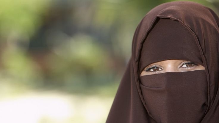 Exclusive: Mother claims a niqab-wearing school bus driver poses a safety risk - CityNews