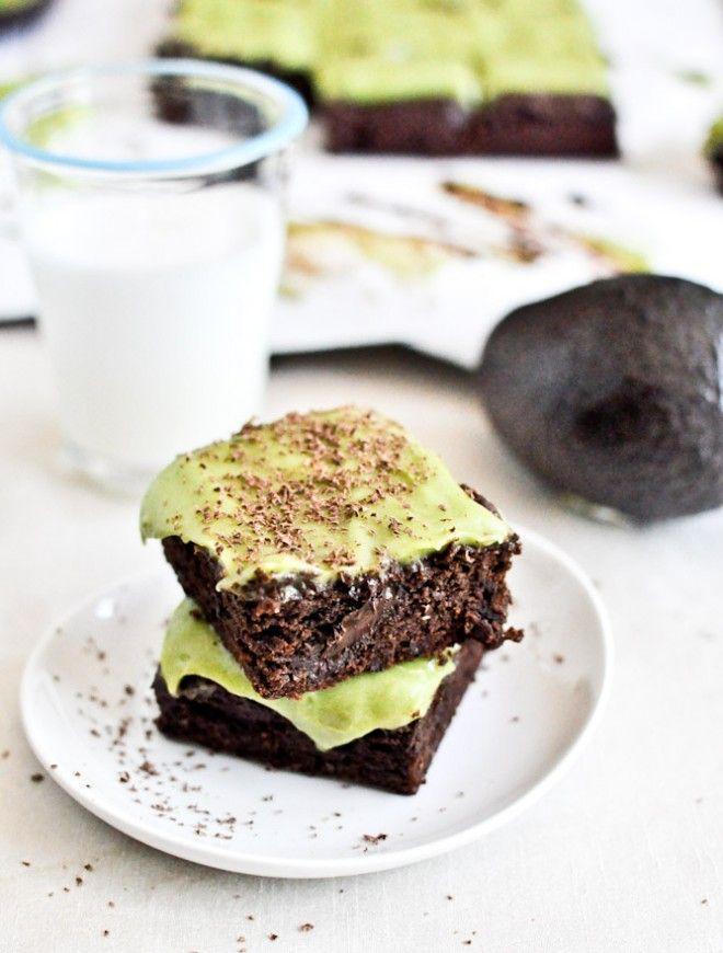 Fudgy Avocado Brownies I howsweeteats.com -- easiest recipe ever to make gluten free thanks to Trader Joe's GF Flour Mix