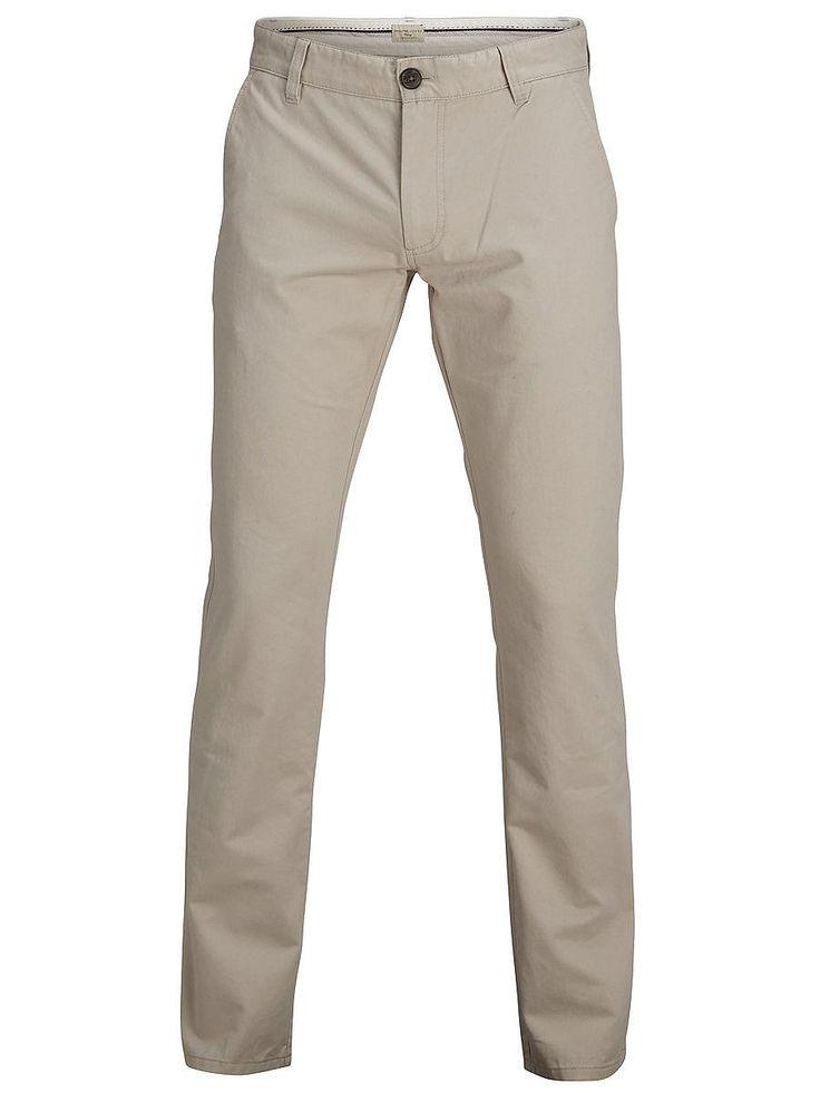 Heritage SELECTED Homme - Regular fit - 100 % Baumwolle - Hosenschlitz mit Reiß- und Knopfverschluss - Paspelierte Taschen an der Rückseite mit Knopfverschluss - Gürtelschlaufen - Bequeme Qualität Ein zeitloser Artikel, der die Grundlage in deiner Freizeitgarderobe bilden wird. Trage dazu ein Hemd und einen Pullover. 100% Baumwolle...