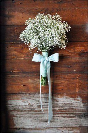 Трогательный букет невесты с лентой