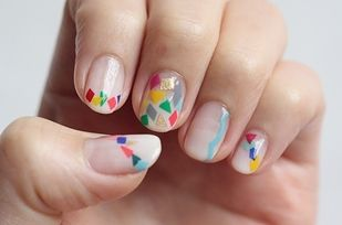 Hokuri Nails  The designs inspired by a Japanese nail salon called Hokuri feature tiny adorable details that anyone can do.