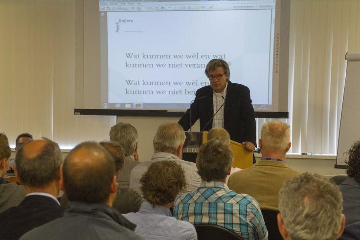 Goed communiceren en aanpassen aan de veranderende tijd was één van de kernboodschappen van Peter Reijers