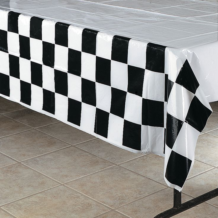 black white checkered tablecloth decorate for speed. Black Bedroom Furniture Sets. Home Design Ideas