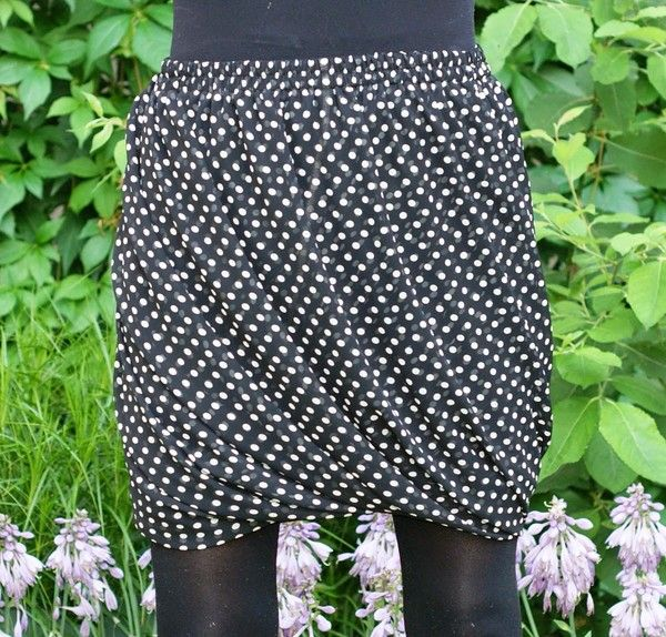 Sy en fuskdraperad kjol ENKELT. Gratis beskrivning. Eller köp en hos Hemslöjdat.se