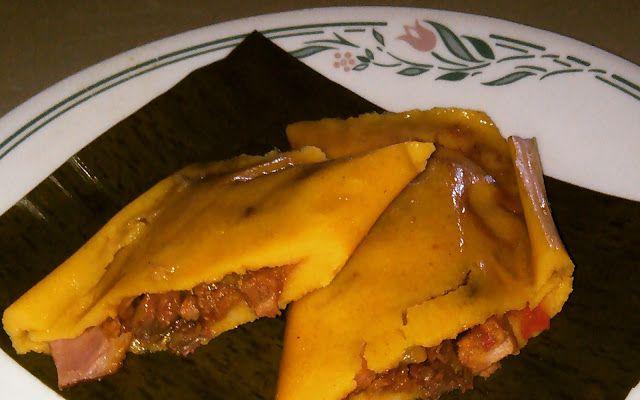 Hallacas venezolanas. (Venezuelan typical dish)