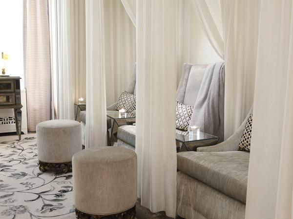 If you want luxury, youve got it. Every treatment at this New York spa is carefully developed through a collaborative effort of therapists, chemists, and beauty and wellness experts. Each spa treatment is paired with a botanical tasting of food made with sustainable ingredients, created by an organic chemist and the Cornelia chef.
